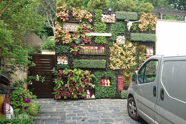 别墅庭院墙壁垂直绿化