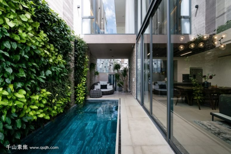 01-This-modern-luxurious-residence-offers-600-square-meters-and-features-a-lot-of-natural-touches-integrated-775x517.jpg