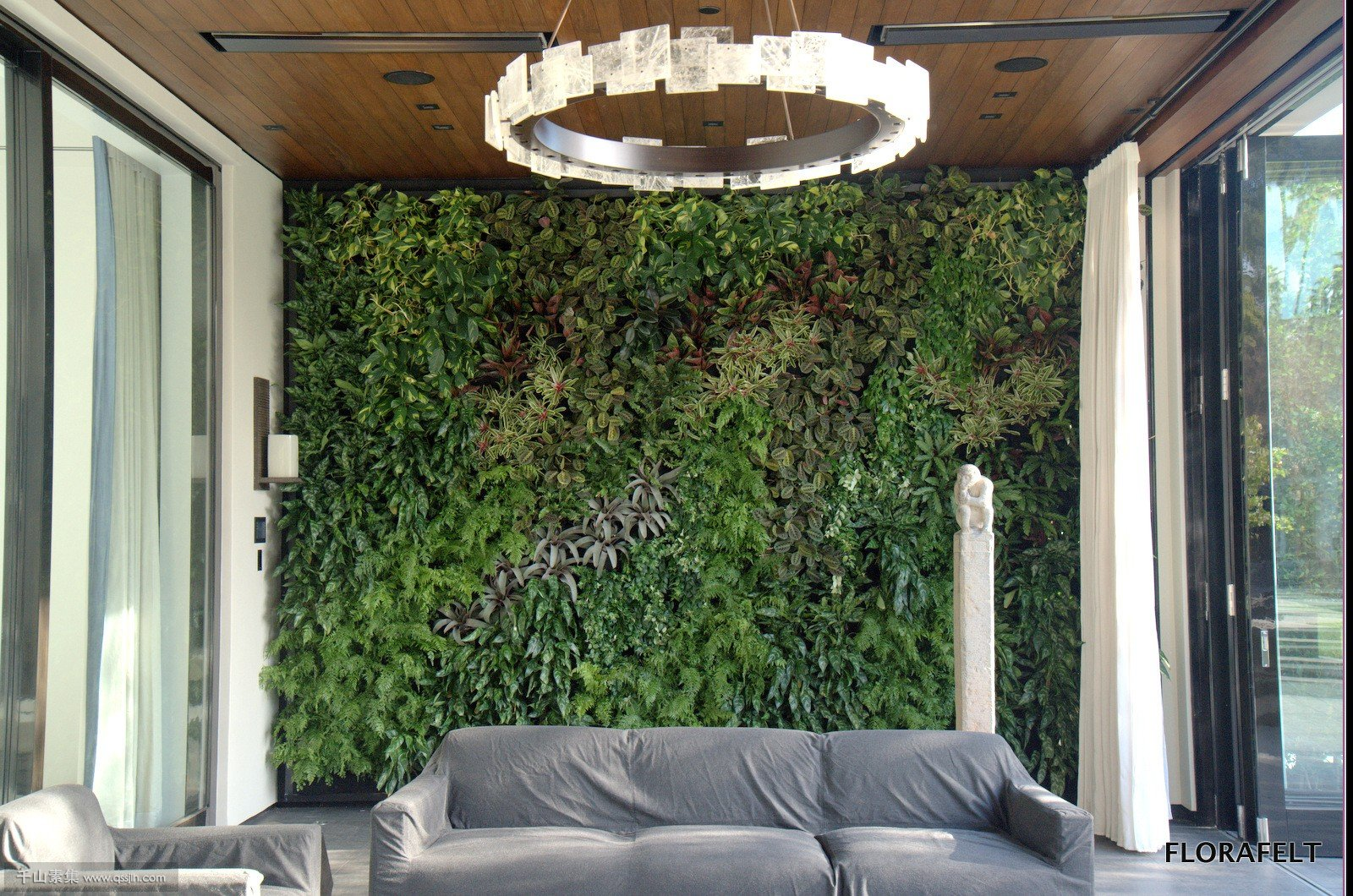 chris-bribach-plants-on-walls-beverly-hills-florafelt-vertical-garden-2.jpg